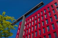 Poste Weiss 01 200x133 Atelier Créatif : Architecture Contemporaine   Couleur Rouge