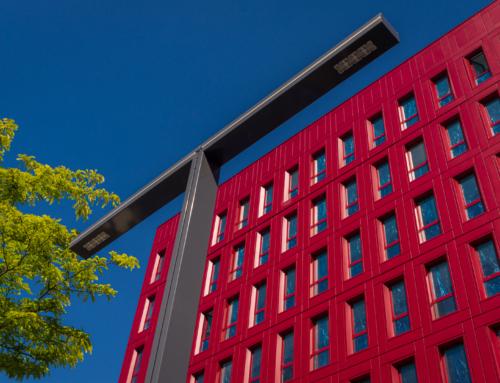 Atelier Créatif : Architecture Contemporaine – Couleur Rouge