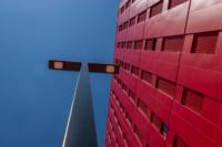 Poste Weiss 03 200x133 Atelier Créatif : Architecture Contemporaine   Couleur Rouge