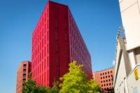 Poste Weiss 04 200x133 Atelier Créatif : Architecture Contemporaine   Couleur Rouge