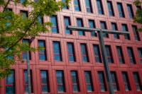 Poste Weiss 06 200x133 Atelier Créatif : Architecture Contemporaine   Couleur Rouge